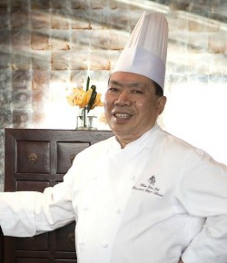 World's first Chinese Chef to earn 3 Michelin stars