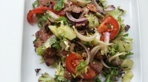 YumNua Yang,  ยำเนื้อย่าง Thai beef salad