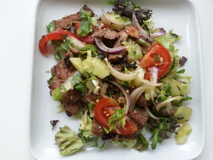 Yum nua, Thai beef salad